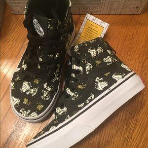 Vans Peanuts/ Snoopy Sk8 Hi size 10.5c